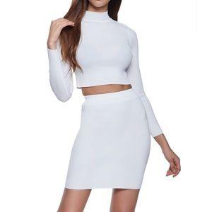 White mock neck long sleeves top + mini skirt set